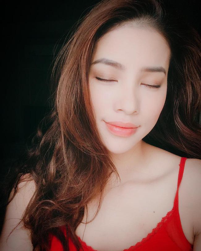 Tự hào khoe da khỏe đẹp, Phạm Hương tiết lộ luôn bí kíp giúp cô cải thiện làn da mà nàng U30 – 40 rất nên lưu tâm-3