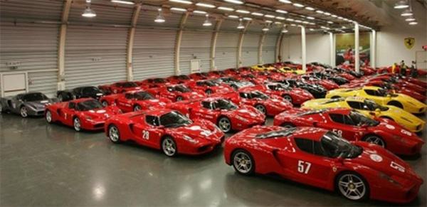 Bộ sưu tập hàng nghìn xe siêu hiếm của quốc vương Brunei-5