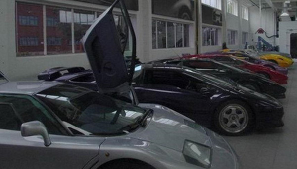 Bộ sưu tập hàng nghìn xe siêu hiếm của quốc vương Brunei-8