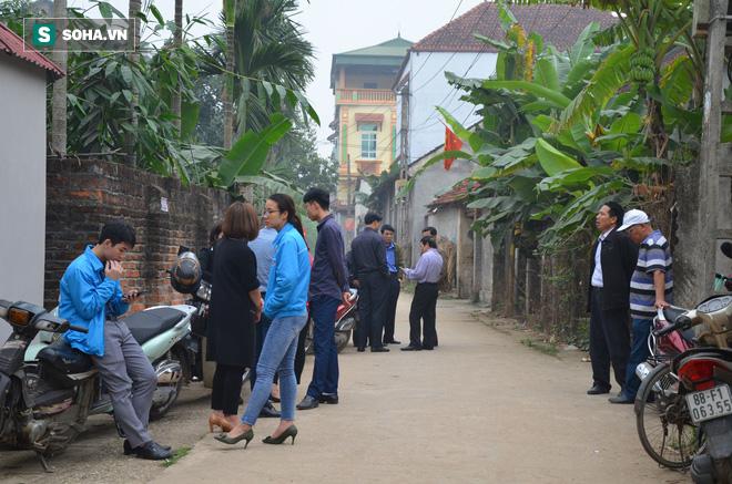 Cuộc tranh luận đau lòng trong đám tang thanh niên bị xe khách đâm chết ở Vĩnh Phúc-6