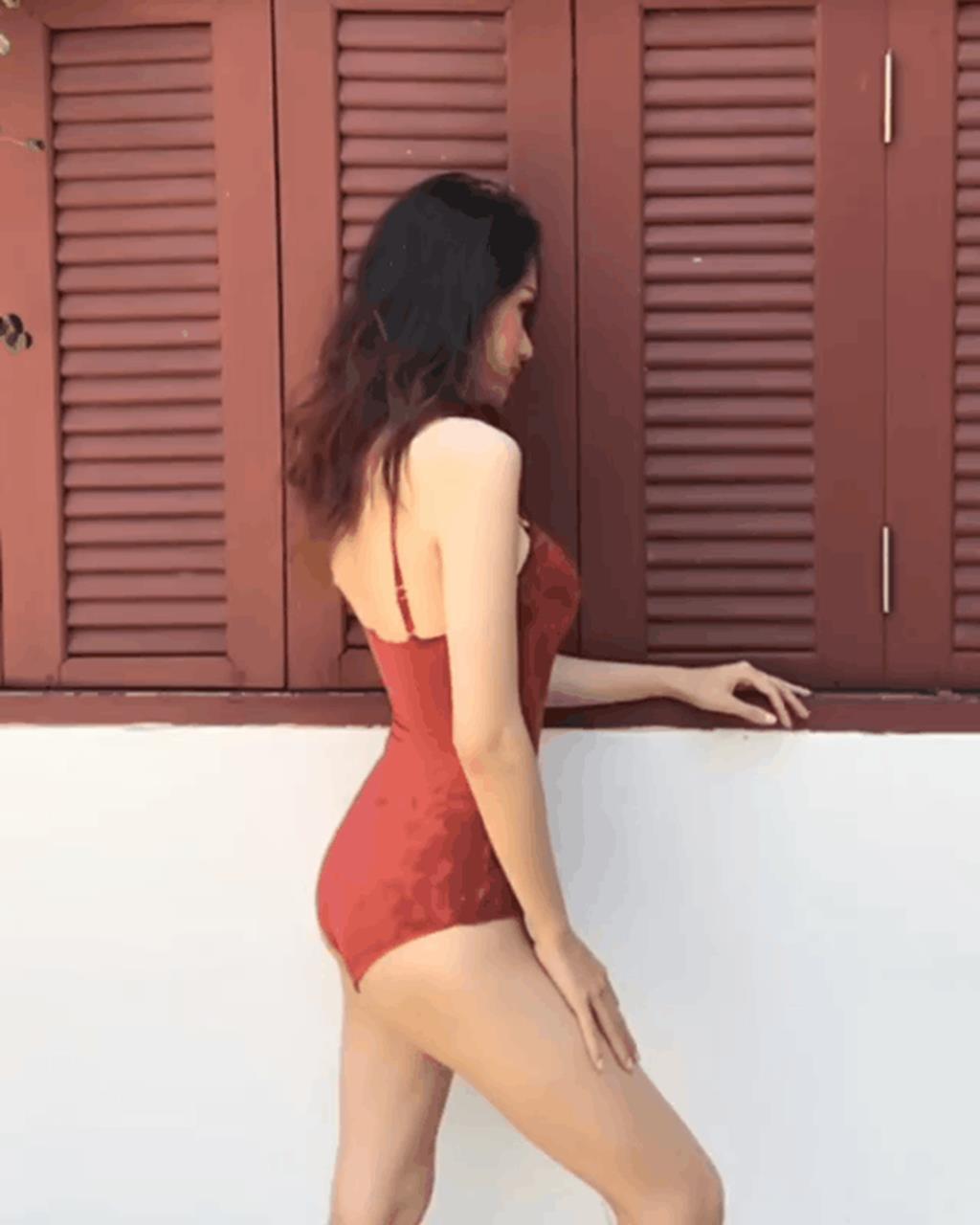 Cuộc chiến khoe eo thon dáng nuột với bikini: Loạt hot mom cũng táo bạo chẳng kém các sao nữ Vbiz-5