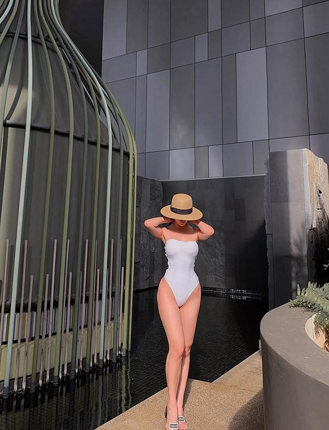 Miss Earth Phương Khánh khoe thân hình bốc lửa, đẹp từng centimet-3