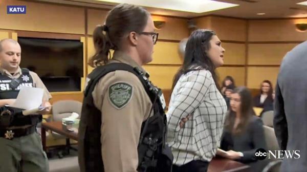 Cô gái đẩy bạn thân từ độ cao gần 20m nhận bản án nhẹ nhàng đầy bất ngờ còn tình trạng nạn nhân hiện tại mới là điều xót xa-4