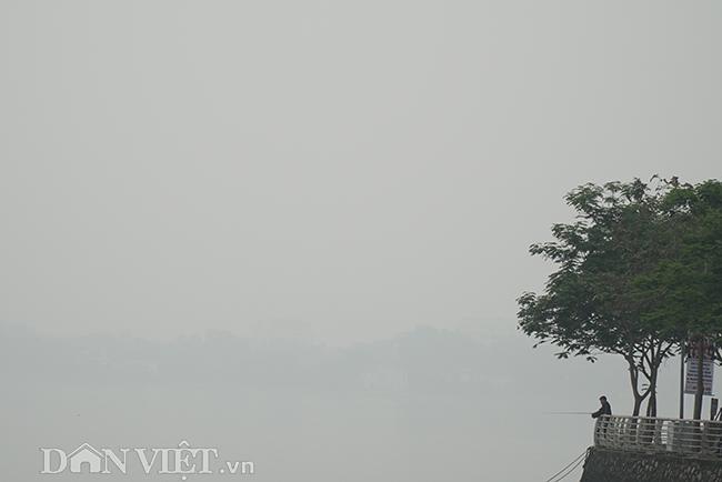 ẢNH: Nhiều tòa nhà ở Hà Nội chìm trong sương mù do ô nhiễm-12