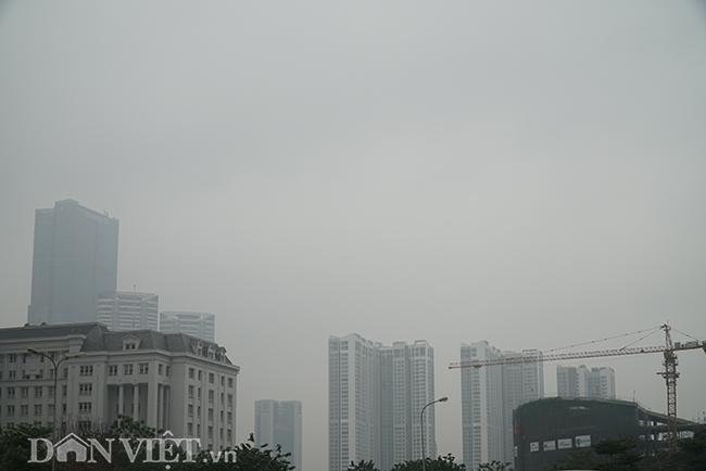 ẢNH: Nhiều tòa nhà ở Hà Nội chìm trong sương mù do ô nhiễm-2