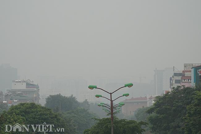 ẢNH: Nhiều tòa nhà ở Hà Nội chìm trong sương mù do ô nhiễm-4