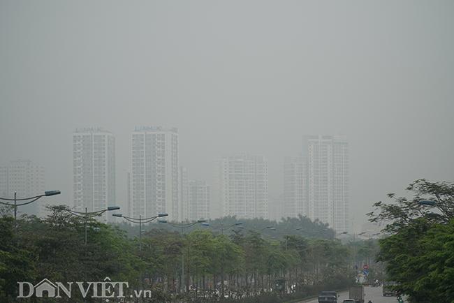 ẢNH: Nhiều tòa nhà ở Hà Nội chìm trong sương mù do ô nhiễm-5