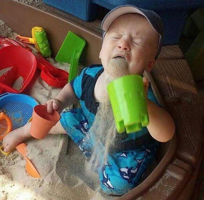 Sự ngây thơ của lũ trẻ khiến người lớn dở khóc dở cười-16