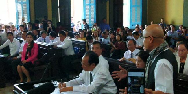 Những điều đặc biệt về vị chủ tọa trong phiên tòa vụ ly hôn nghìn tỷ của Trung Nguyên-5