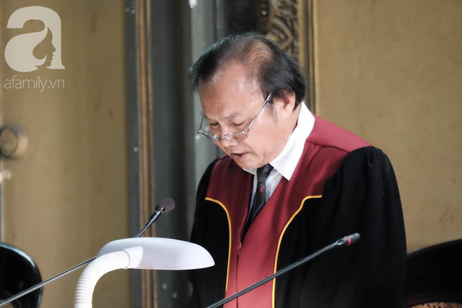 Những điều đặc biệt về vị chủ tọa trong phiên tòa vụ ly hôn nghìn tỷ của Trung Nguyên-4