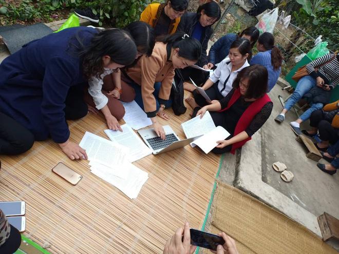 Gần 300 giáo viên ở Hà Nội có nguy cơ mất việc: Nếu nghỉ việc thật chắc đi nhặt rác thôi-2