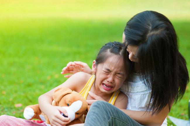 Những quan điểm nuôi dạy con sai lầm và cổ lỗ sĩ nhưng rất nhiều cha mẹ vẫn mắc phải-4