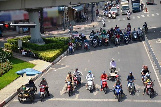 Nhờ điều này, Hà Hồ, Trương Quỳnh Anh mới có làn da sáng mịn bất chấp nắng gắt Sài Gòn-7
