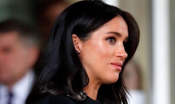Meghan bị nhân viên trong cung điện hoàng gia đặt biệt danh đầy mỉa mai nhưng phản ứng của Hoàng tử Harry mới là điều đáng chú ý-1