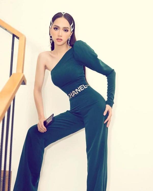 Hương Giang khoe vòng eo con kiến đáng kinh ngạc, dấy lên nghi ngờ Hoa hậu Chuyển giới đã cắt xương sườn-2