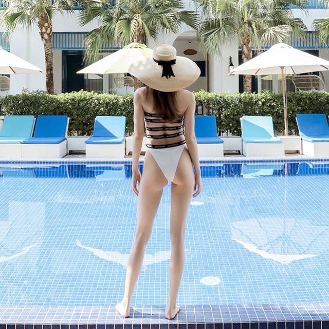 Đụng kiểu áo tắm hở bạo với Hà Hồ và Đỗ Mỹ Linh, Phương Khánh chẳng hề kém cạnh vì...-3
