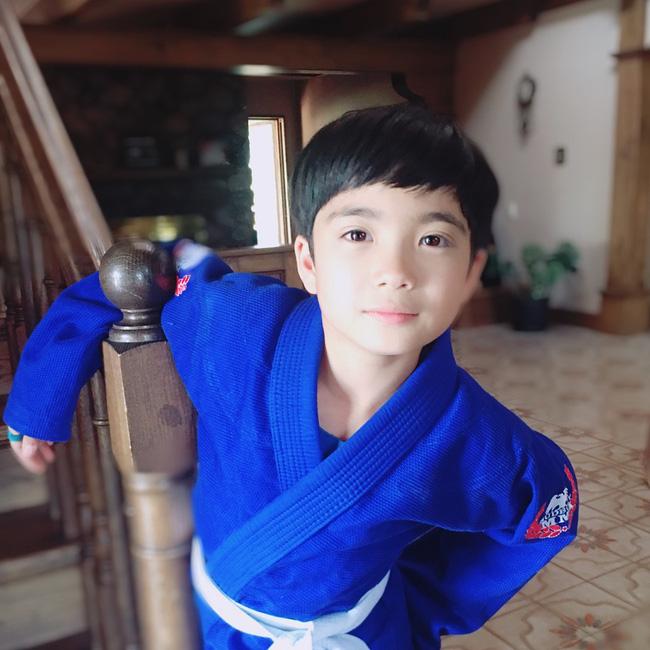 Diện mạo hiện tại của Mason Moon - nhóc tỳ hot nhất châu Á một thời, đáng chú ý nhất lại chính là ông bố cực phẩm của đứa trẻ-12