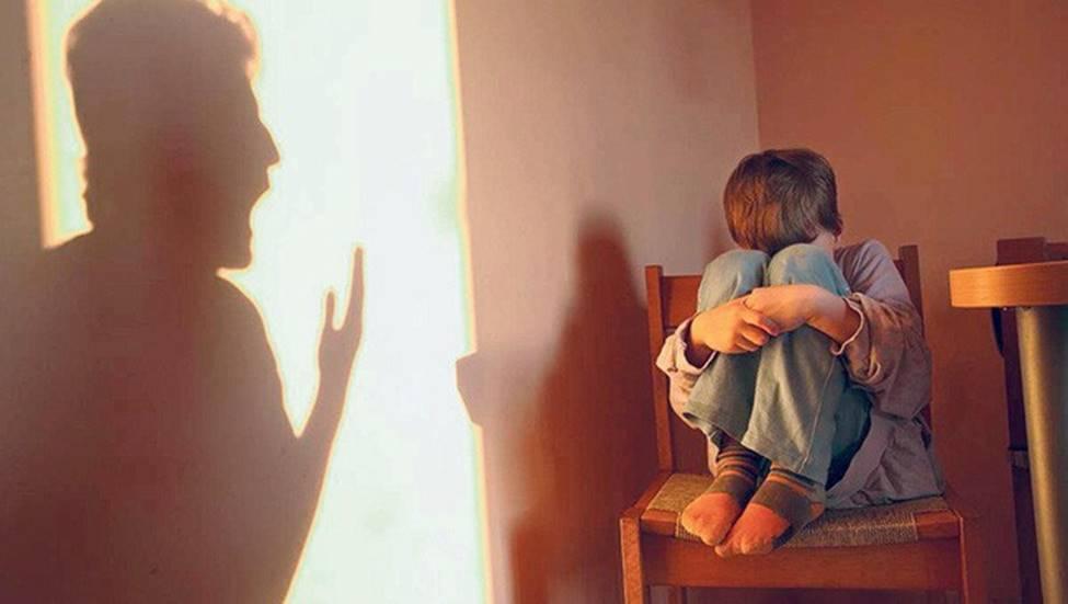 Người bố mà cứ duy trì 5 thói quen này thì sẽ làm tổn thương con trẻ vô cùng-3