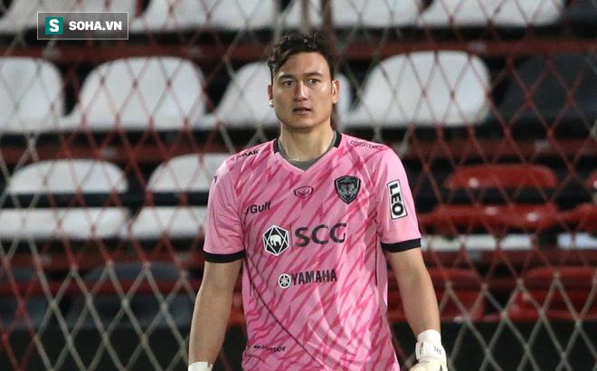 """Đặng Văn Lâm bị chính đồng đội báo hại"""" khiến Muangthong thua tơi tả-1"""