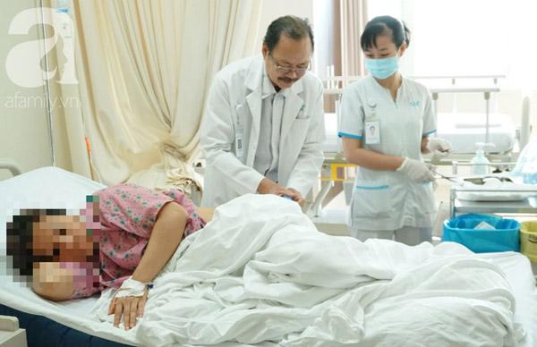 Thấy sốt về chiều và đau lưng nên đi khám ngay nếu không muốn bị bệnh khổ sở như người phụ nữ này-4