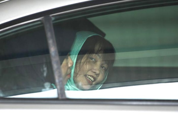 NÓNG: Đoàn Thị Hương mỉm cười rời tòa, chờ ngày tự do-2