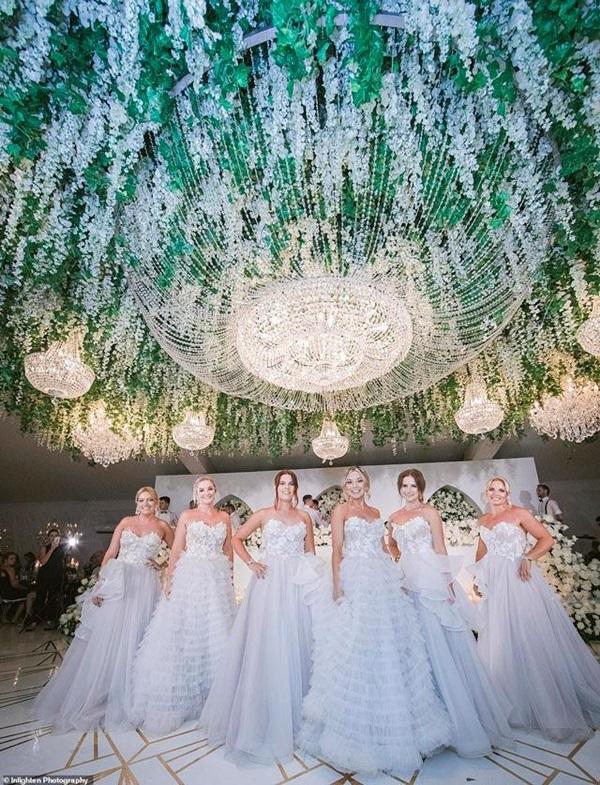Siêu đám cưới 23 tỷ toàn kim cương và pha lê, danh tính cô dâu chú rể càng bất ngờ-3