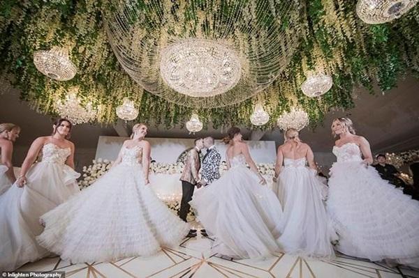 Siêu đám cưới 23 tỷ toàn kim cương và pha lê, danh tính cô dâu chú rể càng bất ngờ-5