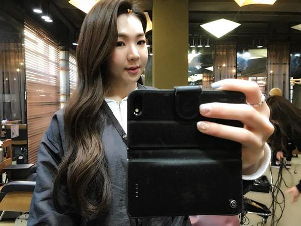 """Ngôi sao MXH Hàn Quốc xinh như búp bê nhưng nhìn toàn cảnh"""" lại khiến đấng mày râu phải khóc thét vì ghen tị-2"""