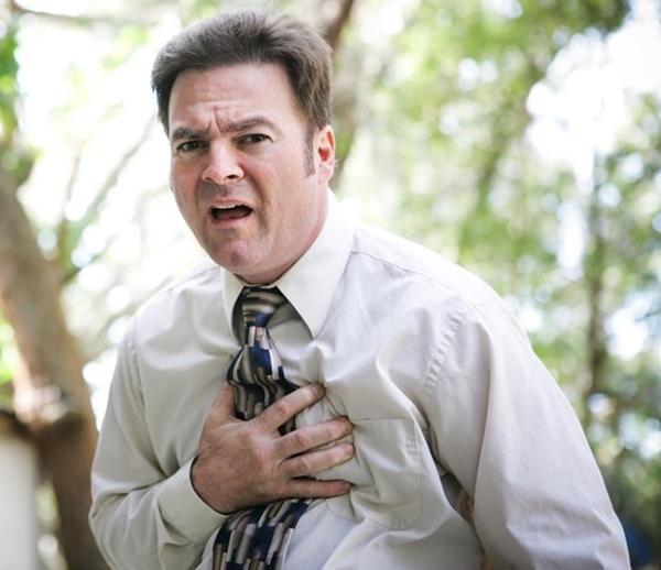 Dấu hiệu nguy hiểm cảnh báo tắc nghẽn động mạch-5
