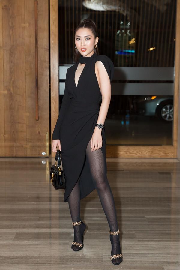 Phượng Chanel mặc quần đùi dự sự kiện - Diva Hồng Nhung rườm rà vì chiếc đầm khủng-8