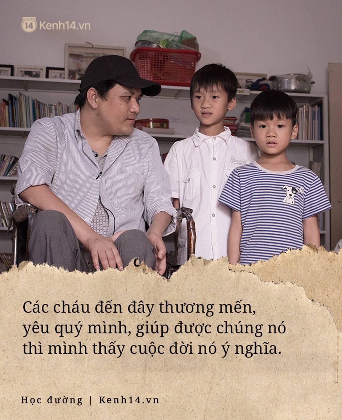 Chuyện về người thầy liệt tay chân, viết chữ bằng miệng vẫn dạy học cho trẻ em nghèo: Tôi không đi chữa bệnh vì có xu nào dành hết cho con ăn học-7