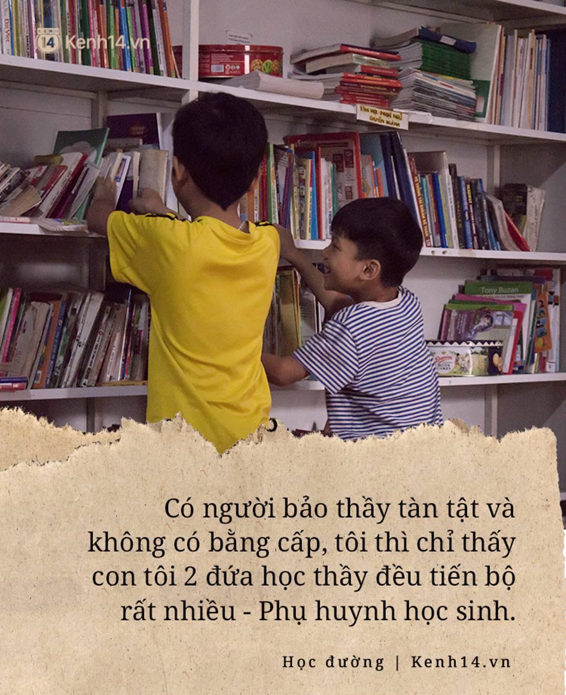 Chuyện về người thầy liệt tay chân, viết chữ bằng miệng vẫn dạy học cho trẻ em nghèo: Tôi không đi chữa bệnh vì có xu nào dành hết cho con ăn học-8
