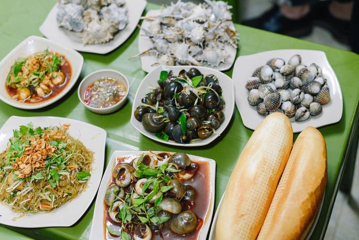 Điểm mặt 4 quán ốc ngon, menu phong phú mà giá lại mềm, chị em Hà Nội mau rủ nhau đi đánh chén ngày mưa gió-11