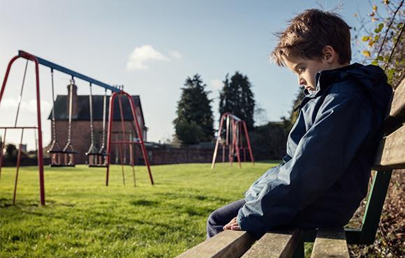 Nếu có 10 dấu hiệu này, rất có thể trẻ đang bị bắt nạt ở trường-8