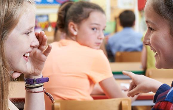Nếu có 10 dấu hiệu này, rất có thể trẻ đang bị bắt nạt ở trường-9