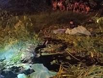 Ly kỳ nghi can cướp tiệm vàng bị bắt sau khi núp dưới kênh trốn suốt 10 giờ ở Sài Gòn