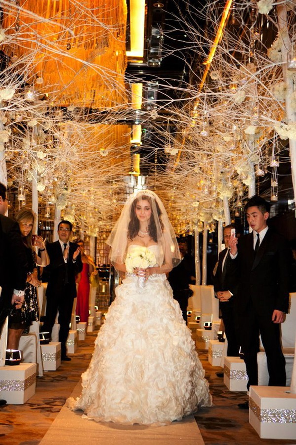 Cuộc sống của cô nàng siêu mẫu lấy chồng tỷ phú xấu nhất Macau sau 7 năm kết hôn khiến ai nấy đều choáng váng-4