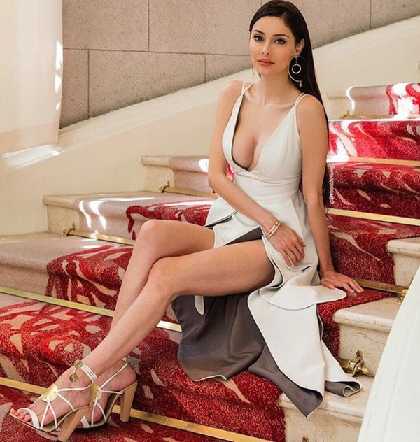 Cuộc sống của cô nàng siêu mẫu lấy chồng tỷ phú xấu nhất Macau sau 7 năm kết hôn khiến ai nấy đều choáng váng-12