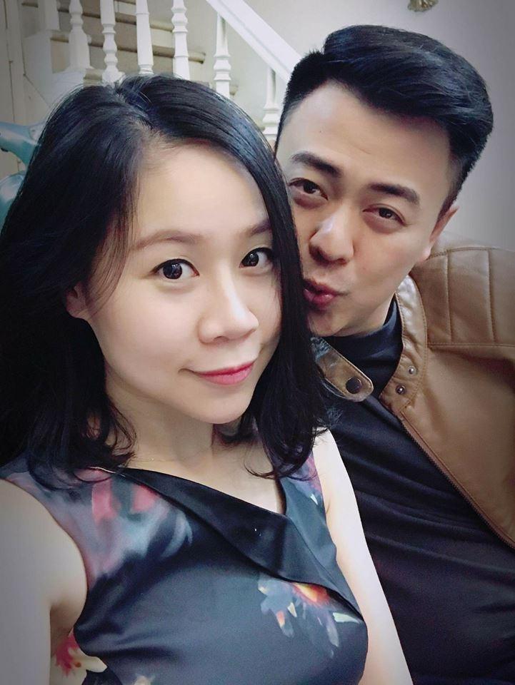 Từng bị gièm pha nhan sắc lúc mới cưới, vợ MC Tuấn Tú gây bất ngờ khi lão hóa ngược ở tuổi 35-8