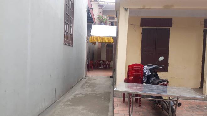 Người chứng kiến cô gái bị đâm nhiều nhát, tử vong ở Ninh Bình: Thanh niên nằm lên người nạn nhân rồi khóc-3