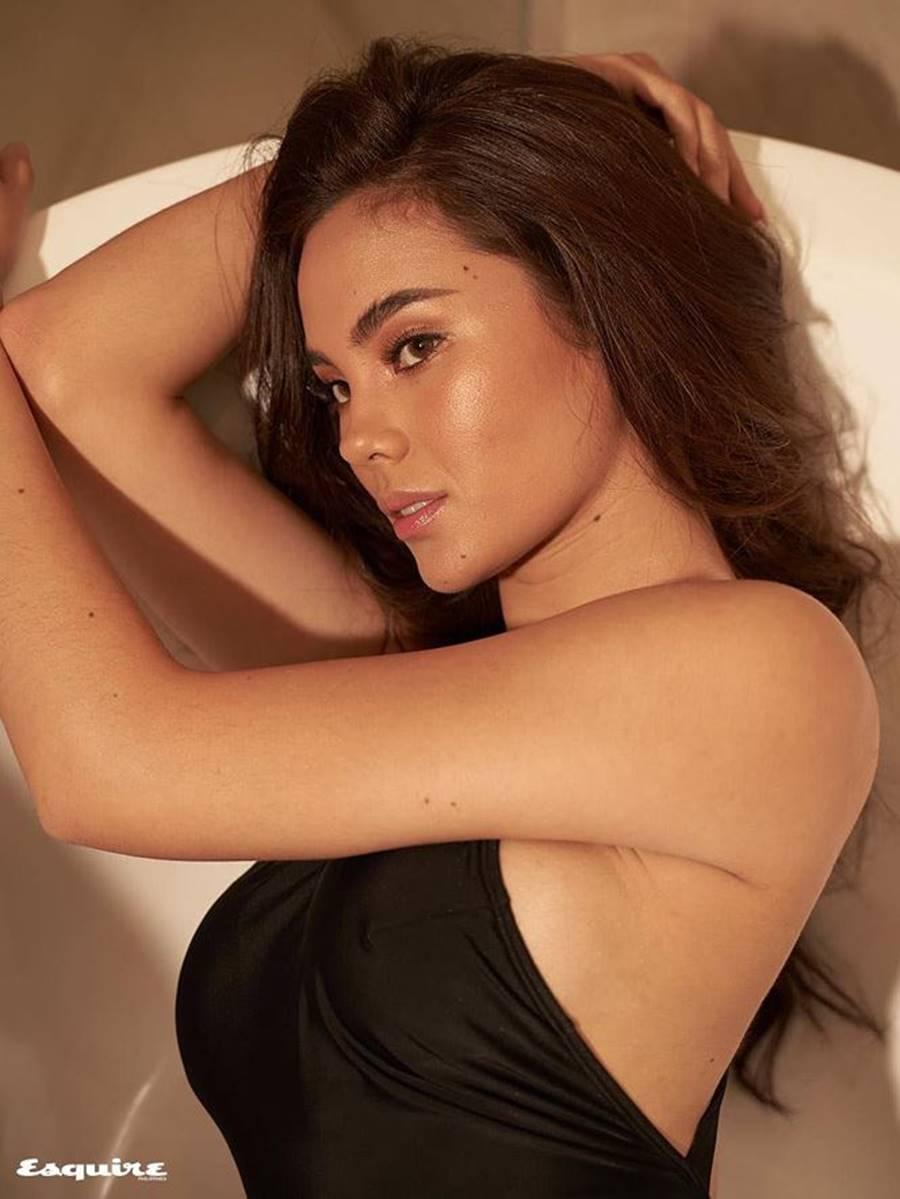 Hoa hậu Hoàn vũ 2018 Catriona Gray khoe body nóng bỏng trên tạp chí đàn ông-2