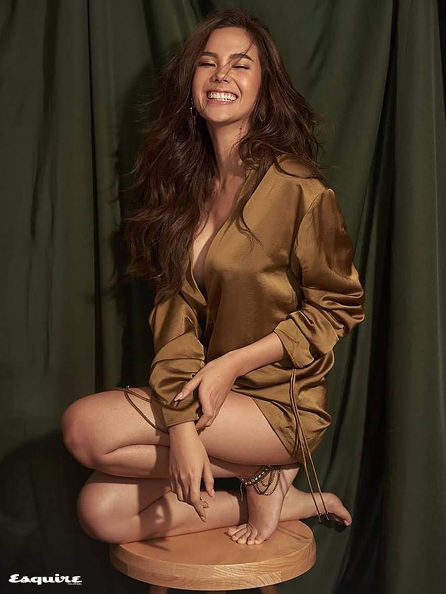 Hoa hậu Hoàn vũ 2018 Catriona Gray khoe body nóng bỏng trên tạp chí đàn ông-10