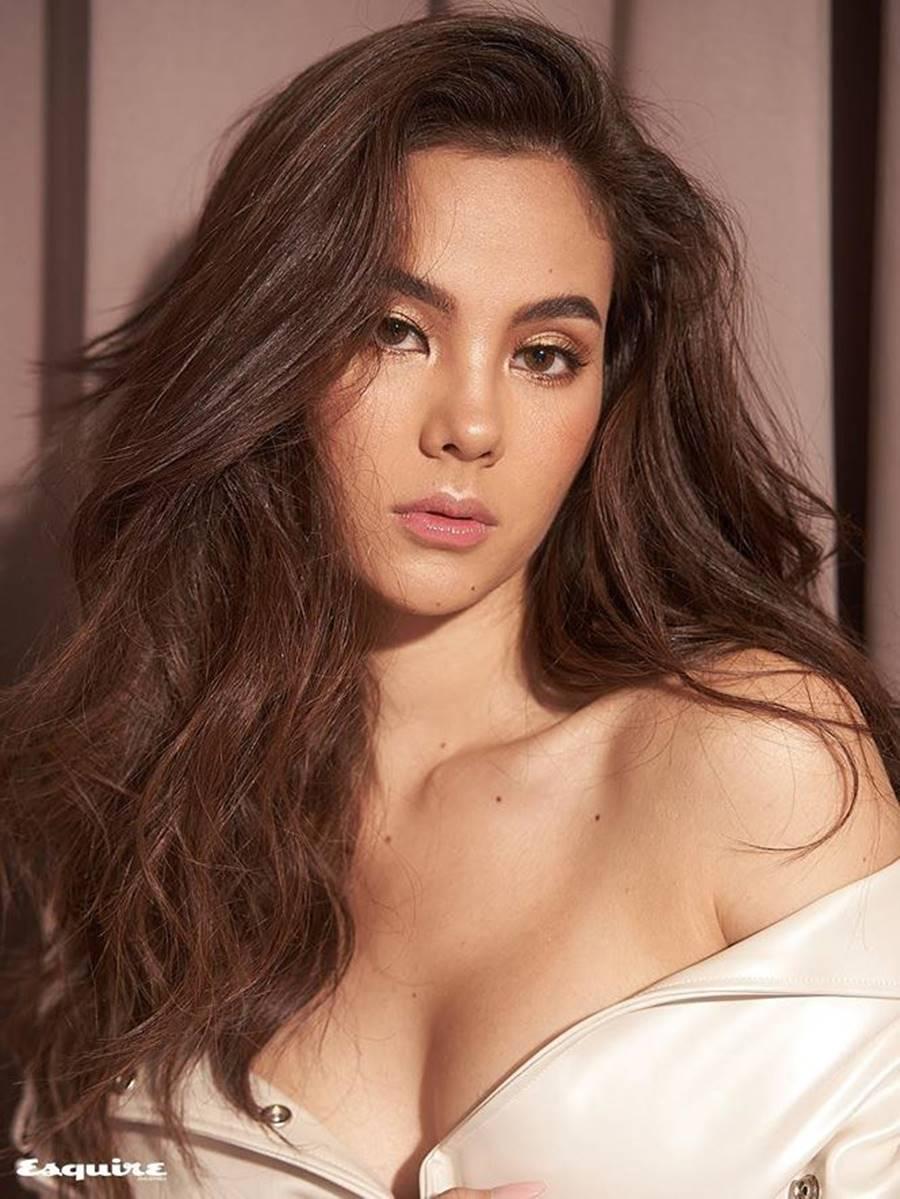 Hoa hậu Hoàn vũ 2018 Catriona Gray khoe body nóng bỏng trên tạp chí đàn ông-6