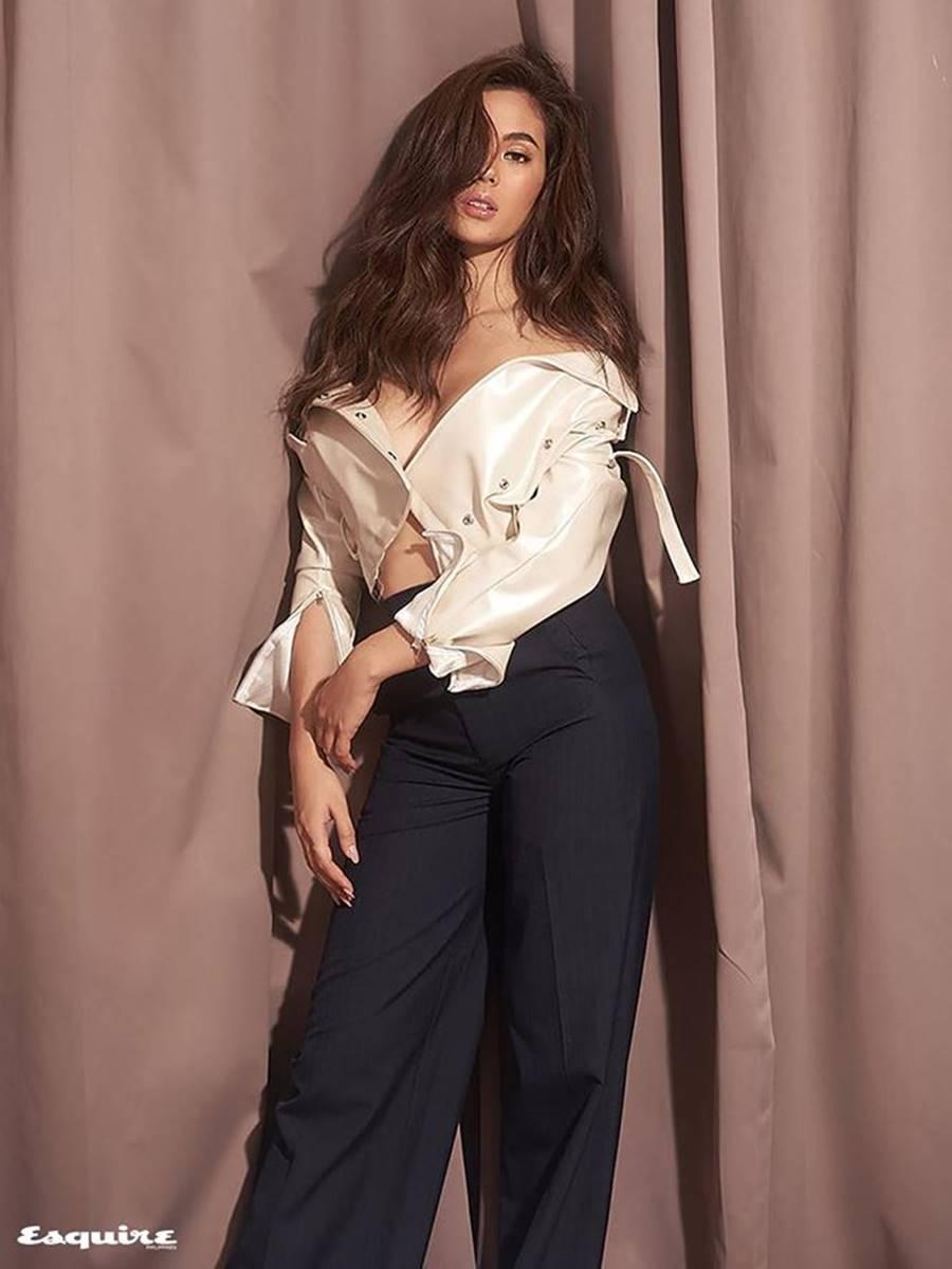 Hoa hậu Hoàn vũ 2018 Catriona Gray khoe body nóng bỏng trên tạp chí đàn ông-8