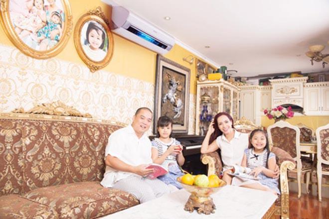 Cuộc sống của siêu mẫu nổi tiếng Hà thành, gây xôn xao khi lấy chồng nghèo, kém sắc giờ ra sao?-3