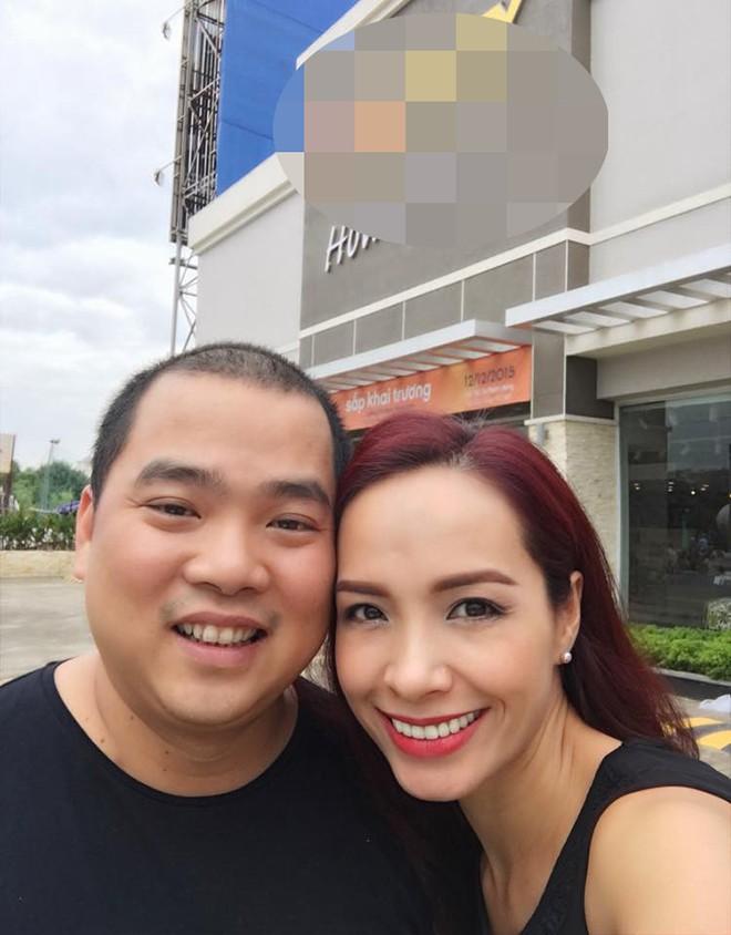 Cuộc sống của siêu mẫu nổi tiếng Hà thành, gây xôn xao khi lấy chồng nghèo, kém sắc giờ ra sao?-5
