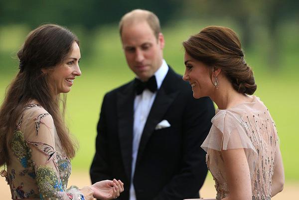 Trước tin chồng ngoại tình với bạn thân của mình, Công nương Kate đã lựa chọn cách giải quyết này khiến ai cũng gật gù đồng tình-1