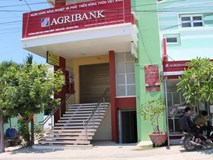 Agribank Khánh Hòa nói gì về việc 'bốc hơi' hàng trăm triệu đồng của khách hàng?