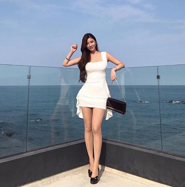 3 cô gái Hàn mặt ngây thơ, thân hình đẹp tới mức khó tin có thật-4