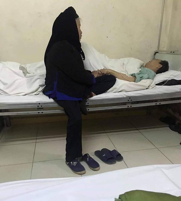 Phượt thủ 80 tuổi mặc chân đau vẫn lặn lội đường xa thăm chồng vì nhớ khiến giới trẻ cảm động rơi nước mắt-1